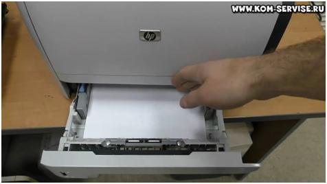 Роспись матрёшки на бумаге